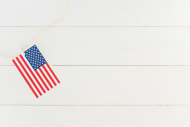 Kleine us-flagge am seil