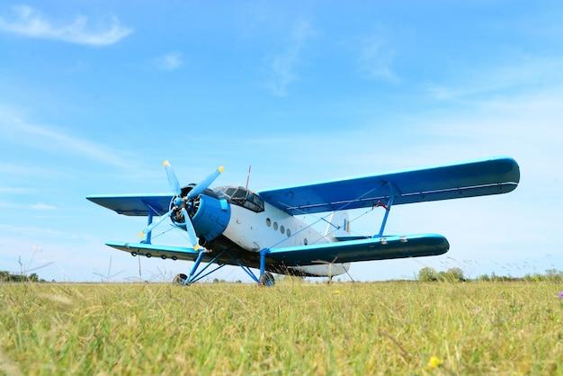 Kleines dienstflugzeug