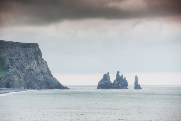 Klippen islands reynisdrangar an