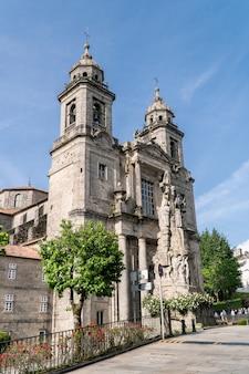 Kloster- und kirchenfassade von san francisco