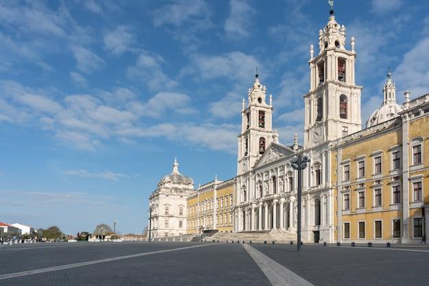 Kloster und palast von mafra - portugal