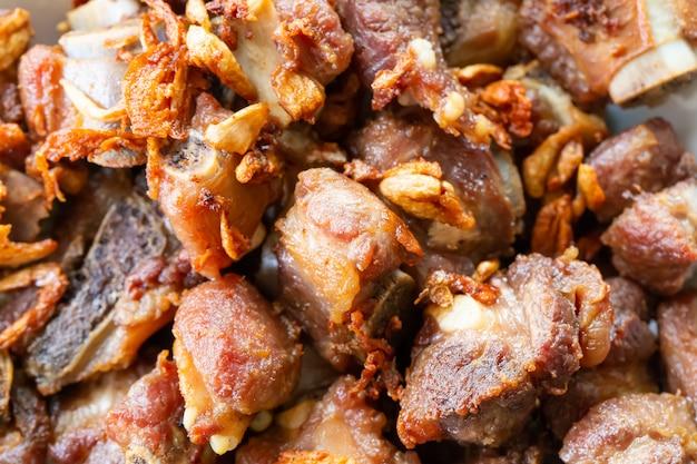 Knoblauch gebratenes schweinefleisch