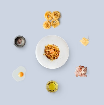 Kochzutaten für italienisches essen, carbonara, isoliert