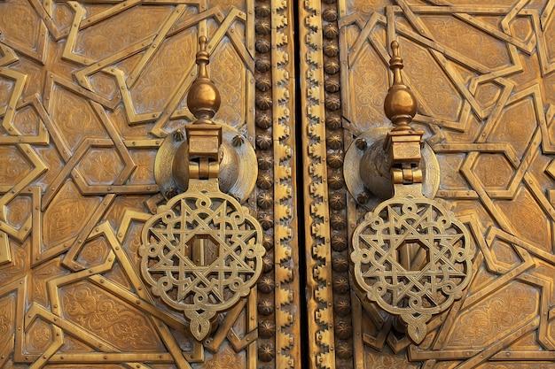 Königlicher palast in fez, marokko