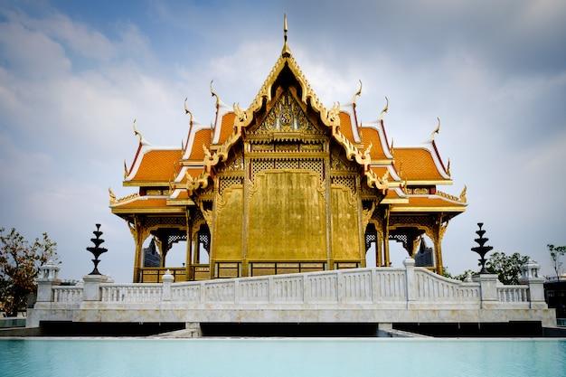 Königlicher pavillon im siriraj krankenhaus, bangkok