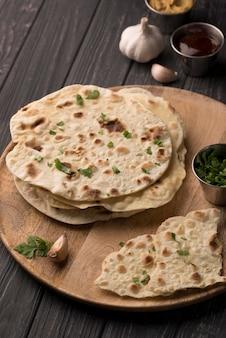 Köstliche auswahl an traditionellen roti