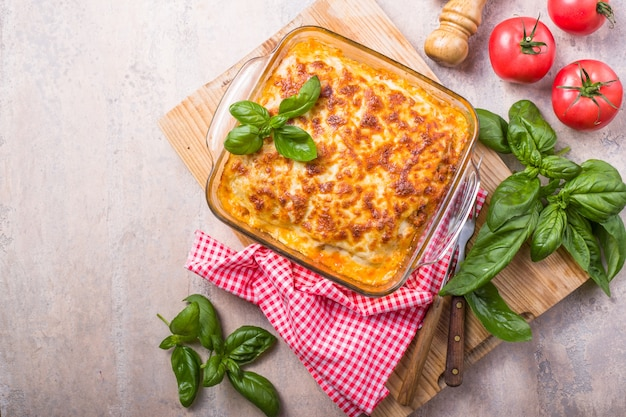 Köstliche traditionelle italienische lasagne