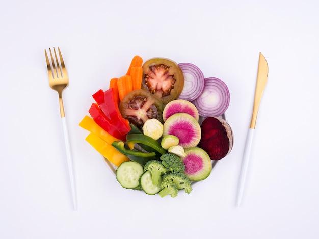 Köstlicher bio-salat zum servieren