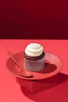 Köstlicher cupcake mit sahne