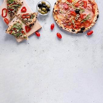 Köstlicher essensrahmen mit kopierraum