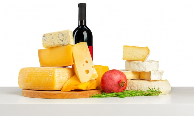 Köstlicher käse auf dem tisch