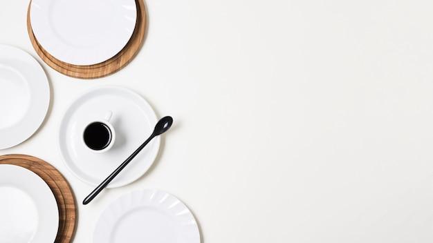 Köstlicher morgenkaffee mit kopienraum