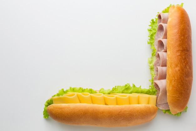Köstlicher platz für sandwich-arrangements