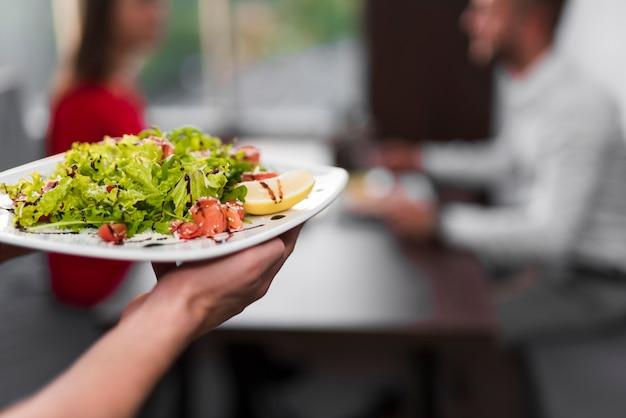 Köstliches gericht in einem restaurant
