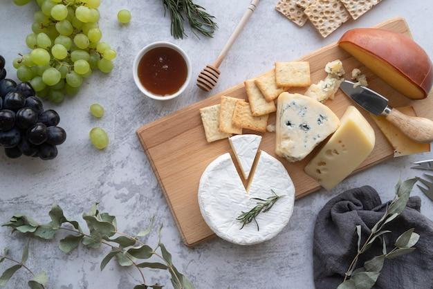 Köstliches picknick-leckerbissen-arrangement