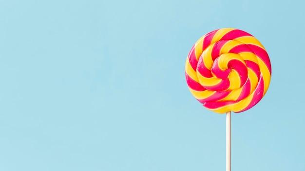 Köstliches süßigkeitenkonzept mit kopierraum