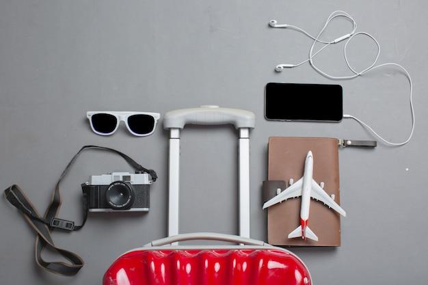 Koffer mit reiseaccessoires