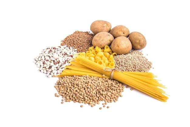 Kohlenhydrate von kartoffeln und grütze.