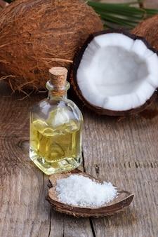 Kokosöl und muscheln