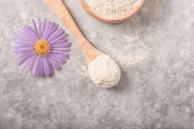 Kollagenpräparate können die gesundheit der haut verbessern, indem sie falten und trockenheit reduzieren