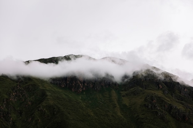 Kolossales schongebiet von ollantaytambo in peru