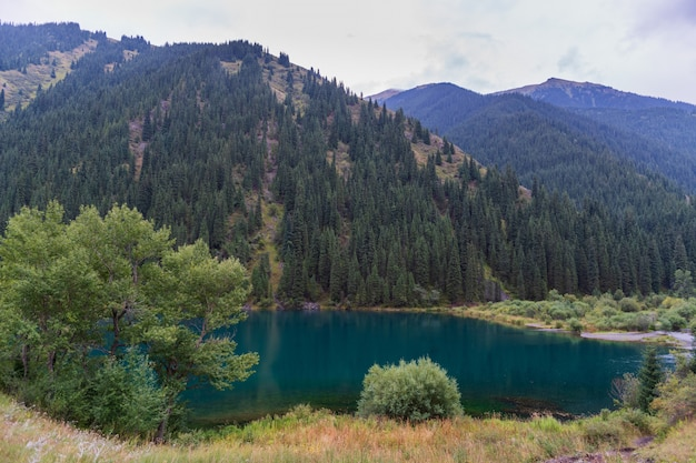 Kolsay see - bergsee in kasachstan