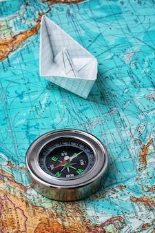 Kompass, karte der wichtigsten touristischen instrumente