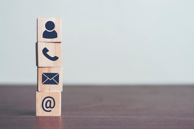 Kontaktieren sie uns konzept, profile und detaillierte persönliche informationen, um sich zu identifizieren.