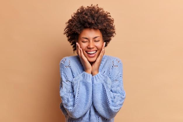 Konzept der aufrichtigen gefühle und emotionen des menschen