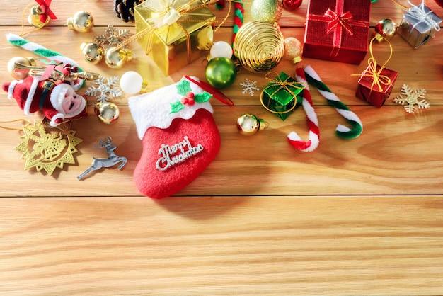 Konzept der frohen weihnachten und des guten rutsch ins neue jahr und andere dekoration