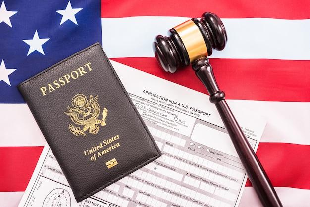 Konzept des antragsformulars für einen neuen amerikanischen pass