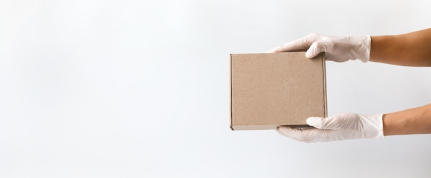 Konzept des sicheren einkaufens, lieferung.coronavirus 2019-ncov.