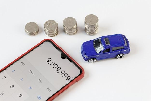 Konzept, geld für handelsautos für bargeld zu sparen, finanzkonzept