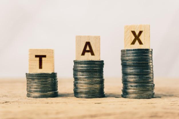 Konzept über steuervorteil oder obligatorische finanzielle belastung.