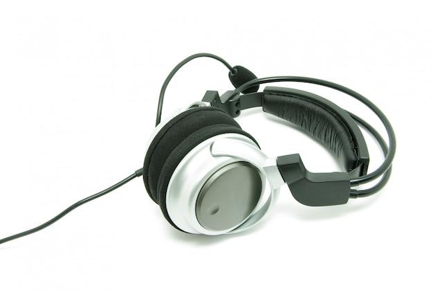 Kopfhörer auf weiß