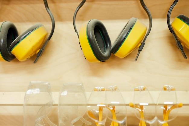 Kopfhörer schützen