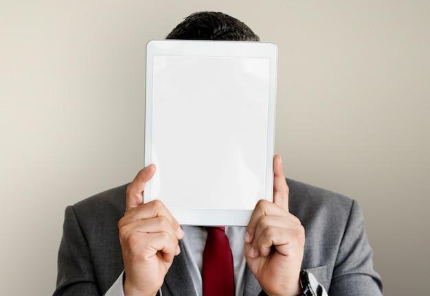 Kopien-technologiekonzept concept geschäftsmann digital tablet face covered