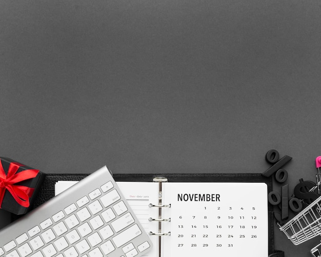 Kopieren sie das weltraumkalender-cyber-montag-konzept