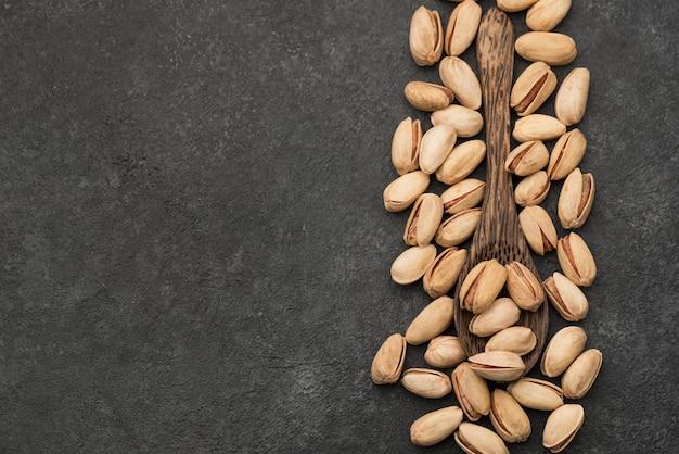 Kopierraum für pistazien und löffel