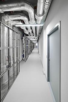 Korridor in tech-unternehmen