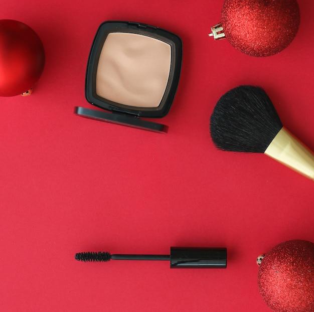 Kosmetik-branding-mode-blog-cover und mädchenhaftes glamour-konzept make-up- und kosmetikprodukt-set für...
