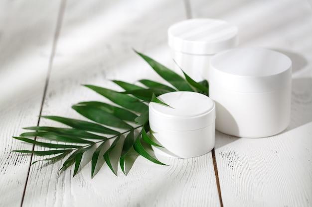 Kosmetik spa branding auf weiß