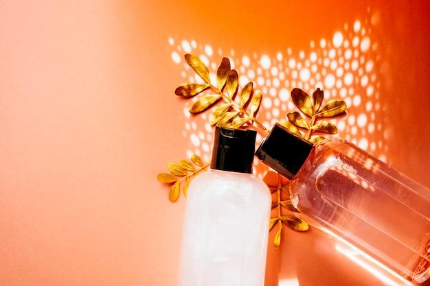 Kosmetische hygiene-creme für die kräuter-spa-dermatologie mit hautpflegeprodukten