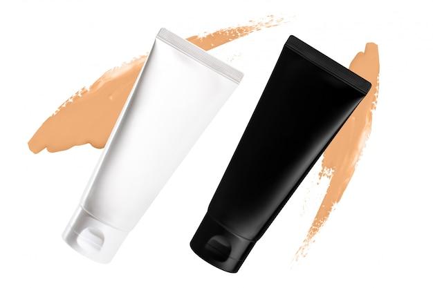 Kosmetische make-up foundation creme mit tube mockup