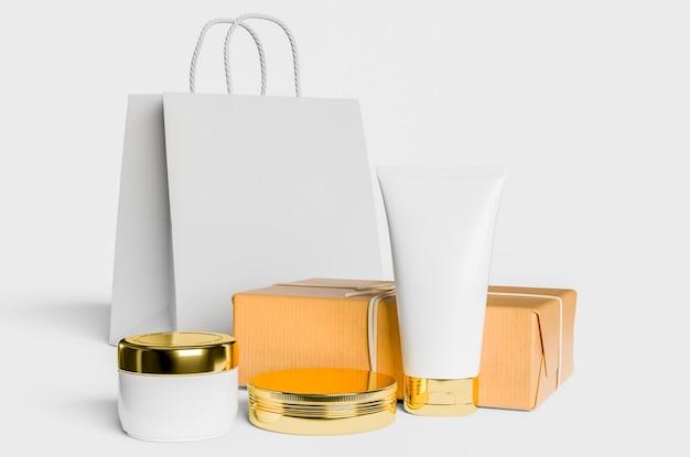 Kosmetisches modell mit mehreren produkten
