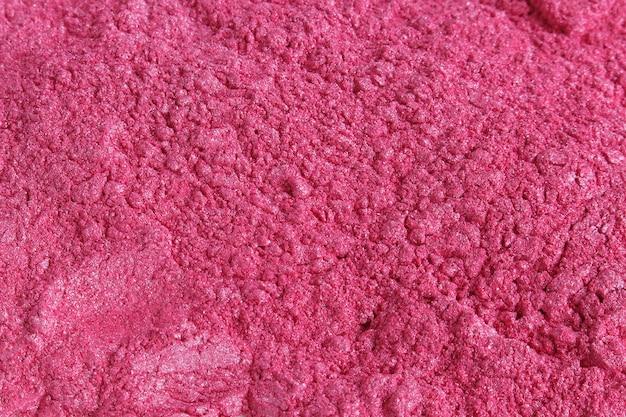 Kosmetisches puder aus rosa glimmerpigmenten