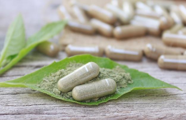 Kräuterergänzungskapseln vom kraut für gesundes essen