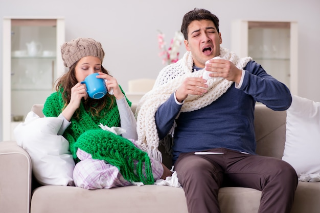 Kranke frau und ehemann zu hause