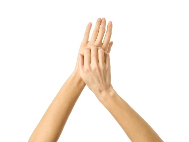 Kratzende handbewegung. auf weiß isoliert