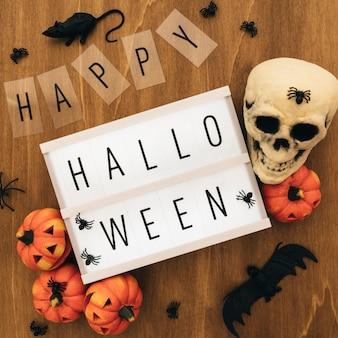 Kreative halloween-dekoration mit schild